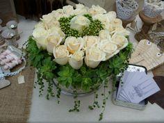 LA BUCA DELLE FATE : Torta di fiori su alzata