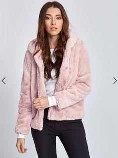 b4575d454e51 Μπουφάν από οικολογική-συνθετική γούνα σε ροζ
