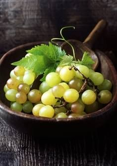 Fruit Fact: Grapes were first cultivated over 8000 years ago! Tag your friends and share this amazing grapy fact with them!