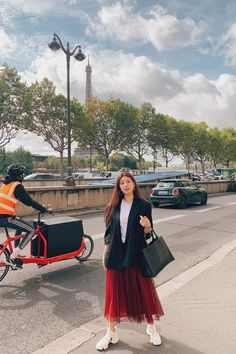 Suzy's Unrivaled and Ethereal Beauty Caught on Camera Suzy Instagram, Feeds Instagram, Latest Instagram, Instagram Outfits, Instagram Fashion, Suzy Bae Fashion, Pop Fashion, Asian Fashion, Fashion News