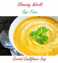 Slimming World Syn Free Curried Cauliflower Soup Maker Recipe astuce recette minceur girl world world recipes world snacks Slimming World Soup Recipes, Slow Cooker Slimming World, Kale Soup Recipes, Vegetarian Recipes, Healthy Recipes, Healthy Soups, Diet Recipes, Vegan Soups, Paleo Vegan