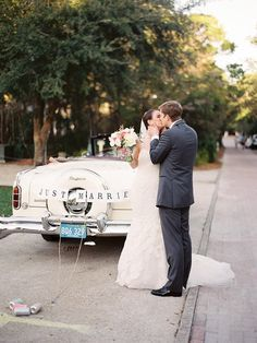 Vintage Packard convertible for bride and groom to make their wawy from the ceremony to the reception!