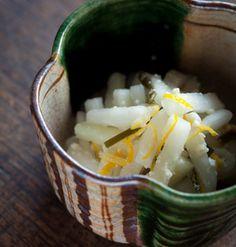 旬の味をお漬物で。常備したくなる「ゆず大根」レシピ | くらしのアンテナ | レシピブログ