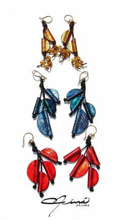Nuevas creacions para los bazares de Navvidad  -  New creations for 2014 Christmas Fairs by María Eva Ramos - Niná Studio, via Flickr  #Design Venezuela #polymerclay, #handmade, #Diseño Venezolano, #hecho a mano, #arcilla polimérica, #Zarcillos, #Earrings, #Red, #Rojo, #Azul, #Blue, #Gold, #Dorado