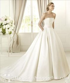 Wedding dress with pockets? YES!