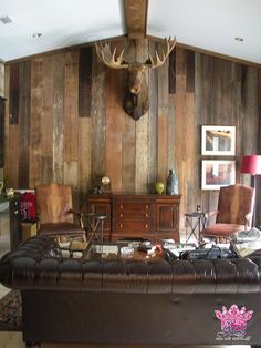 Reclaimed Wood Walls - reclaimed barnwood #reclaimed #reclaimedwood #DIY #houzz #reclaimedwoodwalls Reclaimed Wood Accent Wall, Reclaimed Barn Wood, Rustic Wood, Wooden Panelling, Barn Siding, Wood Panel Walls, Wall Ideas, Houzz, Diy Wall
