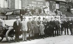 Pub outing from the Old Red Lion, now the Red Lion, Hackbridge, Prior to 1914 the pub opened at to serve coffee and rum to the leatherworkers at nearby Shepley Mills. London People, British History, Life Photography, Rum, Air Force, Lion, Old Things, Coffee, Outdoor