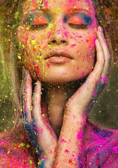 Photo idea with Holi Color colors. shooting - Photo idea with Holi Color colors. Color Photography, Creative Photography, Portrait Photography, Powder Paint Photography, Art Photography Women, Boutique Marie Claire, Holi Photo, Holi Powder, Holi Colors
