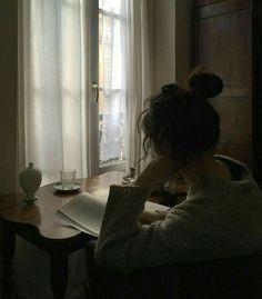 grey aesthetic girl shadow ulzzang girl 얼짱 grunge faded light dark korean soft minimalistic kawaii cute g e o r g i a n a : a e s t h e t i c s Study Inspiration, Character Inspiration, Tmblr Girl, Ft Tumblr, Foto Portrait, Book Aesthetic, White Aesthetic, Aesthetic Girl, Foto Pose