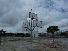 Voyage à Nantes 2012 arbre à basket