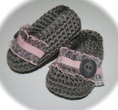 Crochet Baby shoes booties slippers ballet slippers by tweetotshop,