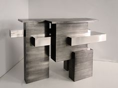 Les plus belles pieces du PAD London 2016 : Console Chaflan (Garrido Gallery)