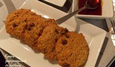 9 συνταγές με χαρουπόμελο και χαρουπάλευρο - cretangastronomy.gr Cookies, Desserts, Food, Crack Crackers, Tailgate Desserts, Deserts, Biscuits, Essen, Postres
