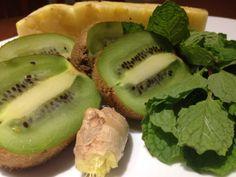 Pineapple kiwi juice recipe. Great for digestion! #juicing