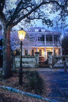 Twilight on Old Church Street, Charleston, SC via Hue and Eye
