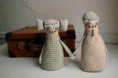 Dolls in Love - art dolls by Norma Andreu fron Caracarmina on etsy:  http://www.etsy.com/listing/90480405/dolls-in-love-art-dolls