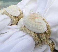 Idéia simples, clean e bonita para porta guardanapos para a Casa de Praia. As imagens são do blog : http://simpledaisy.blogspot.com/ ...