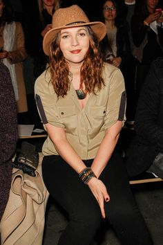 Drew Barrymore, Front Row @ Rag Fall 2013 READY-TO-WEAR