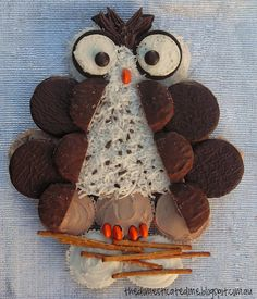 The Domesticated Me: Cupcake Owl Cake - week 6