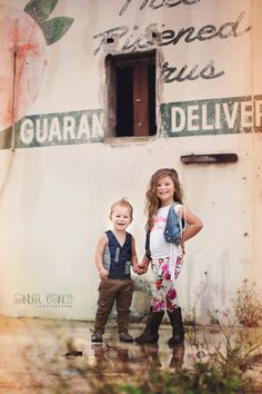 Brother & Sister Family Photography, Portrait Photography, Brother Sister, Family Portraits, Best Friends, Sisters, Photoshoot, Couple Photos, Children