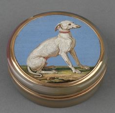 Gold And Agate Micro Mosaic Box - England   c.1888 - The Royal Collection