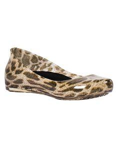 10d5527a20f2aa däv Black Leopard Rain Flat - Women
