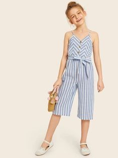 To find out about the Girls Button Front Striped Belted Tank Jumpsuit at SHEIN, part of our latest Girls Jumpsuits ready to shop online today! Outfits Niños, Kids Outfits, Summer Outfits, Little Girl Dresses, Girls Dresses, Fashion News, Kids Fashion, Girls Playsuit, Baby Girl Pants