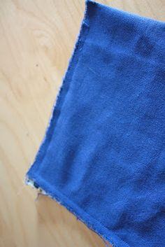 Le tuto de ma pochette à langer | pour mes jolis mômes, mais pas que... Couture Bb, Diaper Clutch, Crochet Basket Pattern, Changing Mat, Wet Bag, Baby Alive, Sewing For Kids, Textiles, Plaid