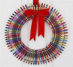 Color Me Merry Crayon Wreath // Teacher Wreath // Colorful Crayon Wreath // Kids Wreath // Gifts for Teachers via Etsy Fun Crafts, Crafts For Kids, Chalk Crafts, Simple Crafts, Teacher Wreaths, Diy Crayons, Melted Crayons, Navidad Diy, 242