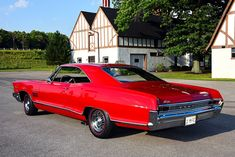 GTO's bigger brother. Don't let the size of this 1965 Pontiac Catalina fool you. This Catalina is speed, comfort and luxury all in one package. Pontiac Catalina, Pontiac Cars, Pontiac Bonneville, Us Cars, Performance Cars, American Muscle Cars, Luxury Cars, Vintage Cars, Hot Rods