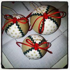 Glamour en bolas de navidad. #handmade #decopatch