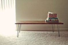 diy coffee table inspiration - Temporary home living solutions and ideas Hairpin Leg Coffee Table, Diy Coffee Table, Diy Table, Hairpin Legs, Diy Interior, Interior Design, Coffee Table Inspiration, House Design Photos, Decoration