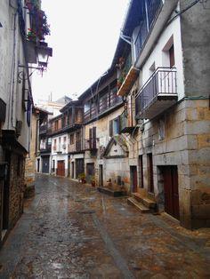 Unión de las calles Miguel Angel Maillo.y Cabo La Aldea. La fuente que se ve es conocida como Caboaldea y es de 1672