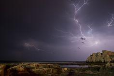 lightning hand by Fabrizio Grassi - Photo 20297701 / 500px