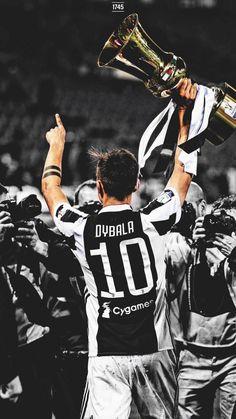 Best Football Players, Football Boys, Soccer Players, Juventus Team, Juventus Soccer, Juventus Wallpapers, Cr7 Junior, Sports Celebrities, Football Wallpaper