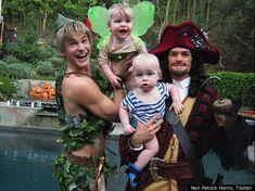 Neil Patrick Harris, David Burtka & twins Harper & Gideon. Parenting- you're doin it right.