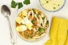 Soto soep, saoto soep of eigenlijk soto ajam zoals het 'officieel' heet. Een heerlijke maaltijdsoep die je als lunch of hoofdgerecht kan eten. Selamatmakan