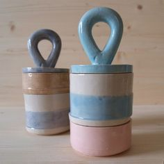 Handle light blue by Hanna dis Whitehead at Funnshus