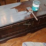 Old beat up Cedar Chest turned into a NAUTICAL BEAUTY with some paint and Freezer Paper transfer.