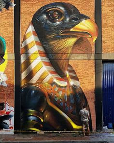 The painting is made by Spok Brillor. He named the mural 'Horus Brillorensis', a combination of the falcon-headed Egyptian god Horus and his own name. Painted in Bogotá, Colombia, photographer unknown.