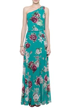 Free People Star Chasing Maxi Free People star chasing printed maxi in emerald combo. Brand new with tags Free People Dresses Maxi Beaded Prom Dress, Strapless Dress Formal, Lovely Dresses, Beautiful Outfits, Fashion 101, Womens Fashion, Batik Dress, Free People Dress, Casual Looks