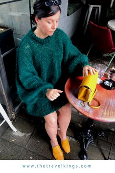 Mohair jumbo sweet mohair sweater, can be used as a dress too. #sweater #knitwear #moher #smallbrend #handmade #fashion #blogtips