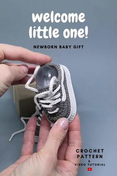 Digital pattern includes pdf description with photos and video tutorial with subtitles. Inspired by Vans, this crochet pattern of baby booties makes a great and memorable pregnancy gift, baby shower gift, fashion baby outfit.#crochetpattern#crochetbabyshoes#babybooties Pregnancy Gift For Friend, Pregnancy Gifts, Baby Patterns, Crochet Patterns, Crochet Ideas, Baby Girl Shoes, Girls Shoes, How To Memorize Things, Things To Sell