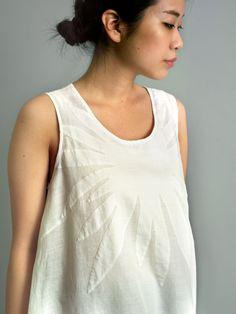 White on white linen appliqué http://blog.jurgenlehletc.com/?cid=6510 Spring 2014
