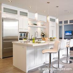 Armoire de cuisine en bois massif, armoire contemporaine blanche