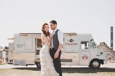 Gotta love a food truck at a wedding! | CHECK OUT MORE IDEAS AT WEDDINGPINS.NET | #weddings #weddinginspiration #inspirational