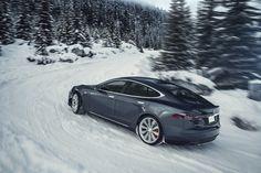 Tesla Model S, 2012-2014, dual motor AWD option