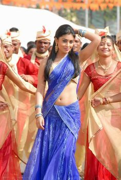Shriya Saran (9) - Kollywood Today