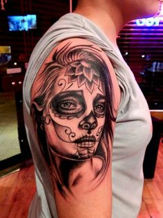 45 Gorgeous Day Of The Dead Women Tattoos Hot Tattoos, Body Art Tattoos, Girl Tattoos, Tattoos For Guys, Sleeve Tattoos, Tattoos For Women, Skull Girl Tattoo, Sugar Skull Tattoos, Flying Tattoo