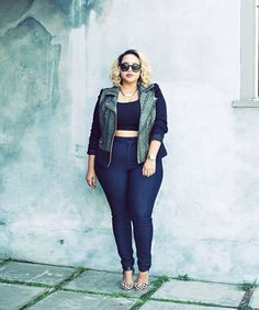 Plus-Size Shopping - NYC Stores | New York's top plus-size bloggers share their tips and secrets for shopping in the Big Apple. #refinery29 http://www.refinery29.com/best-nyc-plus-size-stores